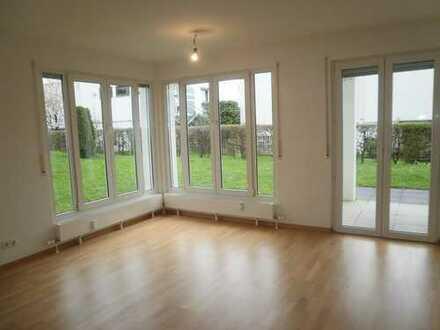 Sehr schöne 2-Zimmer-Wohnung in Ortrandlage in Eningen