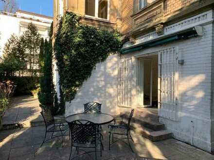 Sanierte, wunderschöne 2 Zimmer Terrassenwohnung in Bestlage von Wiesbaden