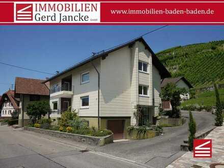 Baden-Baden, großzügiges Drei-Familien-Wohnhaus mit Wirtschaftsgebäude