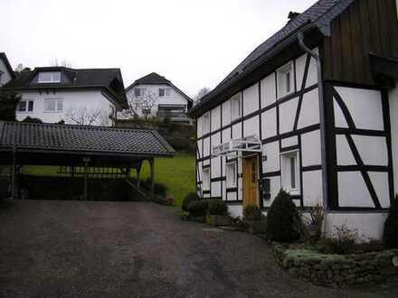Freihstehendes Einfamilienhaus in ländlicher Idylle