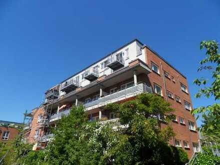 Wunderschöne Singlewohnung mit großzügigem Balkon am Yachthafen in Köpenick - Wendenschloß