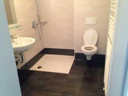 Nur für SENIOREN - Modernisierte 1-Zimmer-Seniorenwohnung mit EBK in Weinstadt-Endersbach