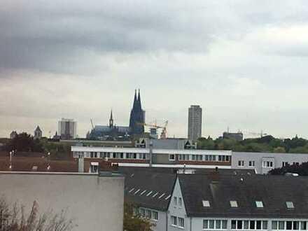 Schöne Maisonette in Köln Riehl mit Domblick