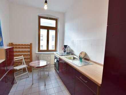 Voll möblierte 2-Raum-Wohnung mit EBK, auch als WG geeignet!