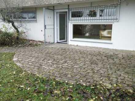 Schöne zwei Zimmer Einliegerwohnung in Stuttgart, Feuerbach