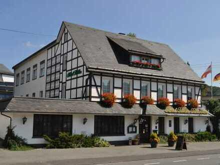 Kreuztal, hervorragend geführtes Traditionshotel mit gehobener Gastronomie im nördl. Siegerland