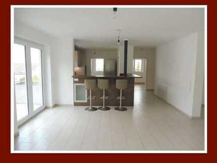 Die Alternative zum Haus!DG-Maisonette mit offener EBK &riesiger Dachterrasse in kleiner Wohneinheit