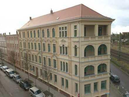 WE11 / 4-Zimmer (116m²) / Loggia / Gäste-Bad / Fußbodenheizung / Parkettfußboden