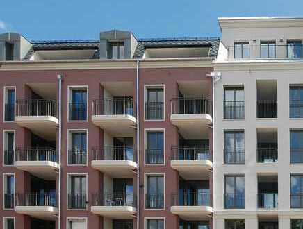 Erstbezug! 3-Zimmer-Wohnung mit Loggia und großem Balkon an der Elbpromenade