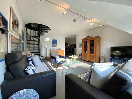 Gut geschnittene und helle Maisonettewohnung mit 2 Bädern und Garage
