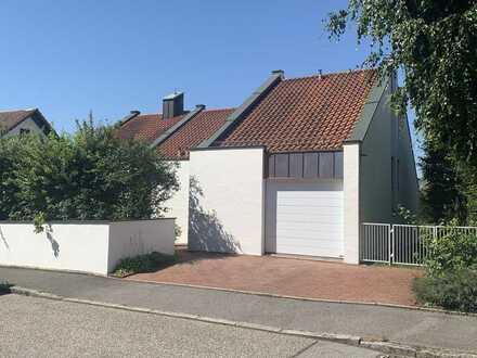 Gepflegtes Einfamilienhaus am Hofberg mit Appartement