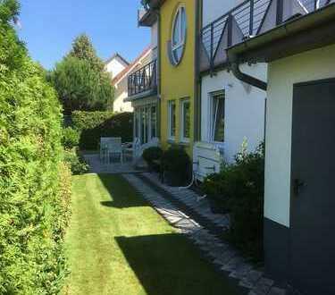 Schönes, helles, geräumiges Haus mit fünf Zimmern in Hüttenfeld/ Lampertheim
