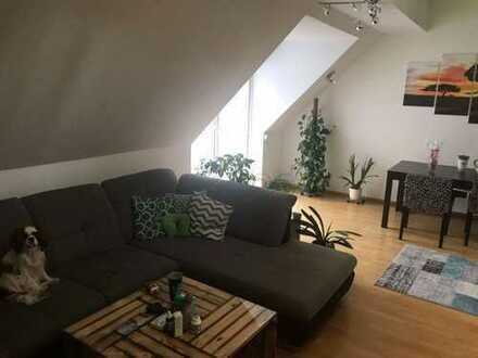 Traumhafte 2,5 Zimmer Maisonette-Wohnung in ruhiger Lage in Schwabach