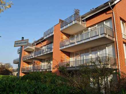 Wundervolle Wohnung in ruhiger Lage mit großem Balkon und Küche