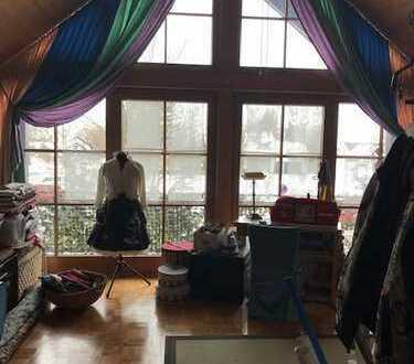 Gepflegte 5-Zimmer-Wohnung mit Balkon in Prittriching