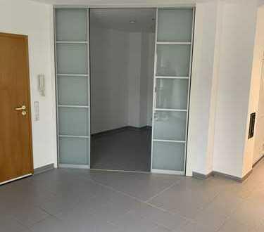 Wohnung mit Loftcharakter 2,5-Zimmer mit Terrasse und Einbauküche in Huchenfeld
