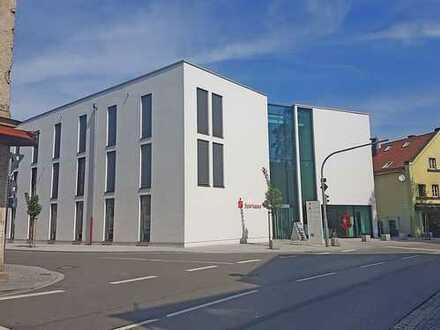 """""""Erste Adresse im Herzen von Taufkirchen"""" Moderne Büro- oder Praxisräume in Taufk./Vils"""