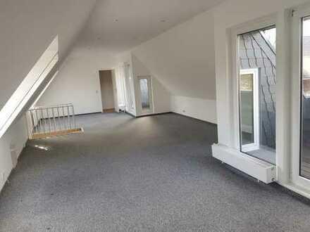 Lindenthal, Renovierte 3-Zimmer Maisonette-Wohnung