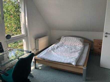 großes Zimmer in Buxtehude