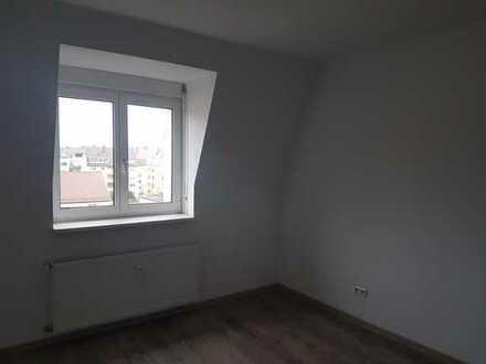 Zimmer zur Untermiete in sanierter Altbauwohnung, KA-SÜDWESTSTADT