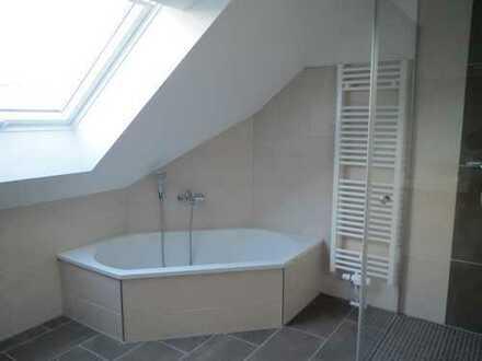 Erstbezug: attraktive 3-Zimmer EG oder DG-Wohnung mit gehobener Innenausstattung