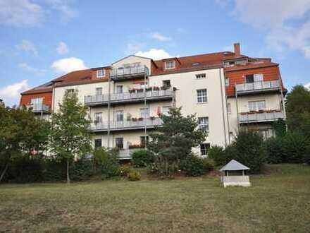 ***TOP Lage*** Schöne 4-Raum Wohnung, mit Balkon, Einbauküche und Tiefgaragenstellplatz