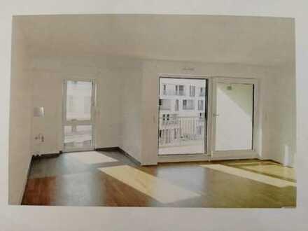 Erstbezug : freundliche helle 3-Zimmer-Wohnung mit Loggia in Neuaubing, München