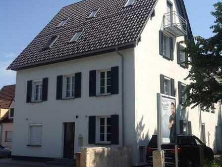 PROVISIONSFREI: Luxuriös und stilvoll saniertes Mehrfamilienhaus in zentraler Lage