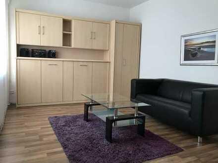 Modernisiertes, möbl. 1-Zimmer-App. mit Balkon und Pantryküche in Essen