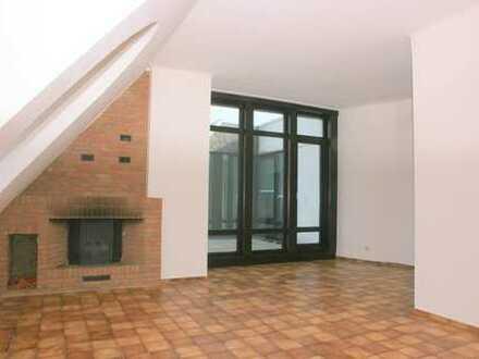 Schöne, geräumige vier Zimmer Wohnung in Bremen, Lesum