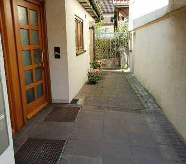 Eigentum statt Miete! 4 Zimmer Dachgeschosswohnung in Remshalden Grunbach