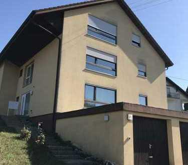 1.200 €, 124 m², 4 Zimmer