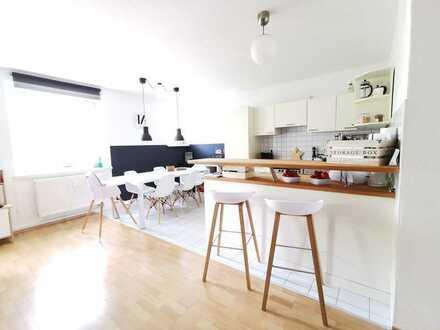 Bezugsfrei ab Juli 2021! 3-Raum Wohnung mit zwei Balkonen!