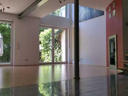 Individuelles Wohnen im Architektenhaus / von Privat