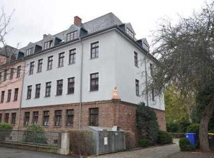 Helle und große Erdgeschosswohnung im Gründerviertel von Zwickau zu verkaufen