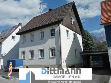 Einfamilienhaus mit großem Garten und Doppelgarage in Onstmettingen