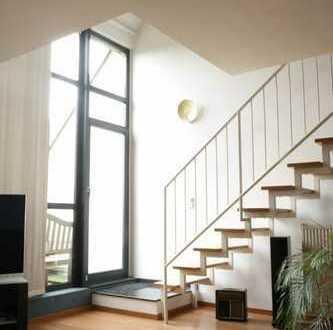 Wohnen auf zwei Ebenen! 2-Zimmer-Maisonette-Wohnung mit Galerie und Loggia!