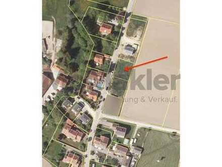 Familienidyll mit Weitblick: Vollerschlossenes Grundstück für EFH mit schönem Ausblick nahe München