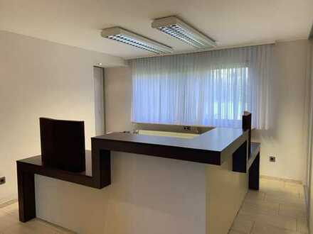 Kleine Büroeinheiten in imposantem Wohn-& Bürohaus in gehobener Gegend
