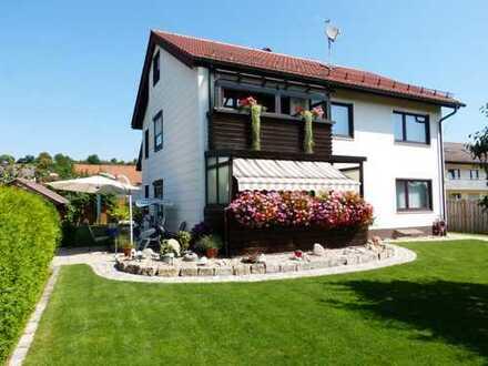 Schönes Haus mit acht Zimmern in Steinheim am Albuch