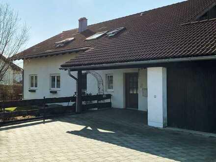 Gepflegte Wohnung mit drei Zimmern und Garten in Markt Rettenbach