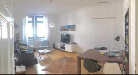 1 Zimmer in einer 2 Zimmerwohnung mit Balkon in einem gepflegten Altbau im Herzen der Mainzer Neusta