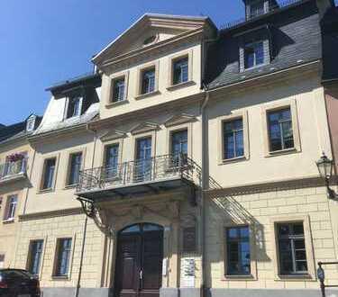 1,5-Zimmer-EG-Wohnung möbliert, im Zentrum von Hohenstein-Ernstthal