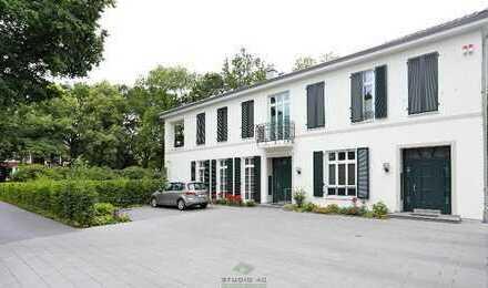 Luxuriöse Vier-Zimmer-Wohnung mit Sauna und Einbauküche in Bremen - Horn