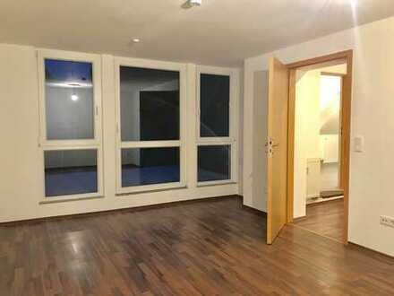 Zauberhafte 3 Zimmer Wohnung mit Balkon in Scherfede
