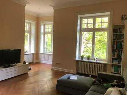 Stilvolle, ruhige & geräumige Wohnung mit Balkon und EBK auf Gut Quarnbek