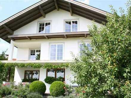 Hochwertige Wohnung in ruhiger Lage mit Bergblick zu vermieten