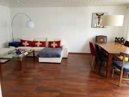 Prov.frei im Fischerviertel: Helle 3-Zimmer-Etagenwohnung