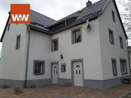 Frisch renoviertes Einfamilienhaus mit individueller Note freut sich auf eine neue Familie