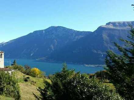 Wunderschönes Baugrundstück mit grandiosem Seeblick in Ustecchio / Tremosine am Gardasee
